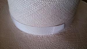 リボン付きの帽子