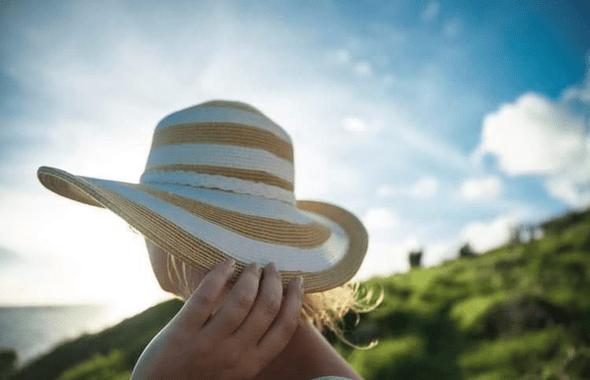 satowa風の日の帽子