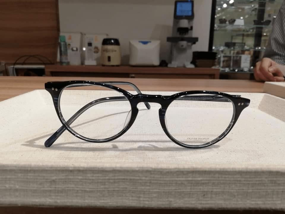 satowa爽やかに見える整形メガネ