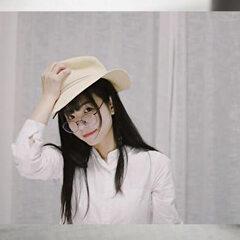 メガネと帽子の流行について
